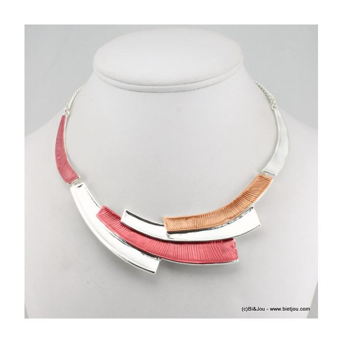 Collier plastron avec émail et métal en forme de rectangles allongés +BO OFFERTES