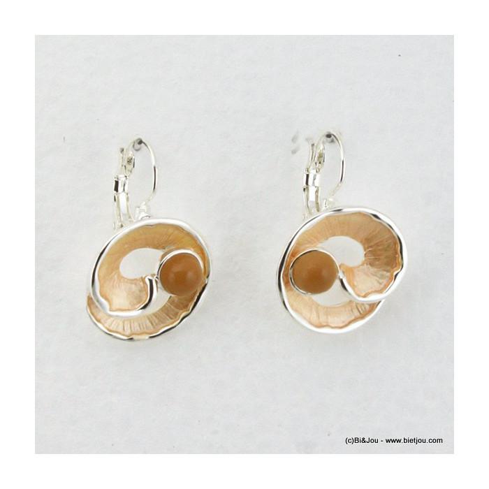 Dormeuses métal et émail en forme de cercles enroulés orné d'une perle en résine