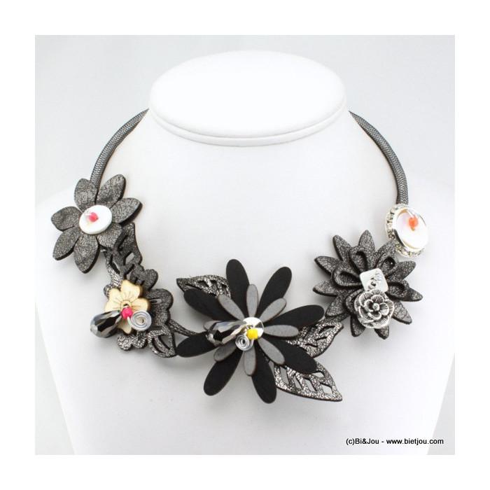 Collier plastron résille fleurs cuir synthétique métal et strass