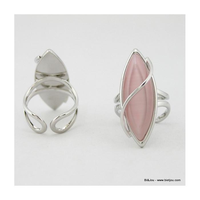 bague oeil de chat de forme ovale arrondie avec métal courbé