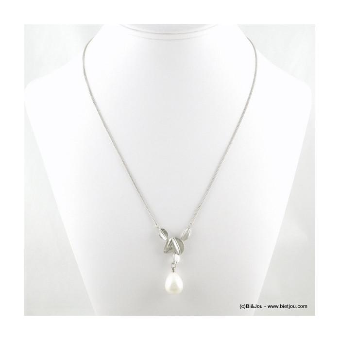 Collier imitation perle et feuilles en métal