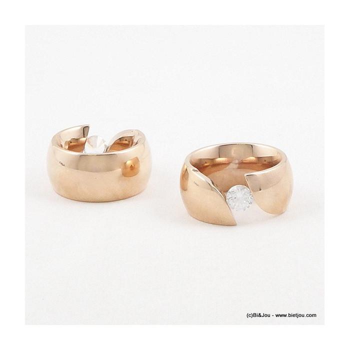 Bague en métal taille 7 et strass diamant